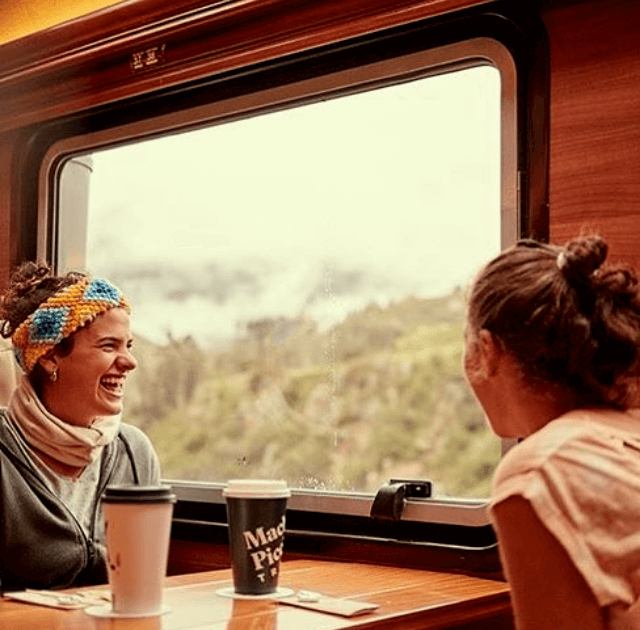 voyager-train-salkantay-trek-machu